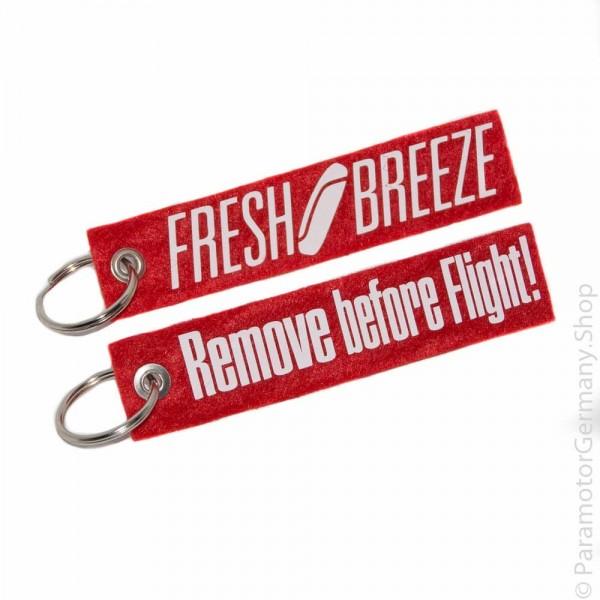 Fresh Breeze / Remove before Flight weiß - Schlüsselanhänger