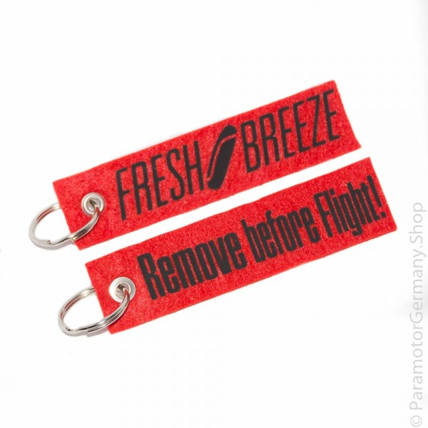 Fresh Breeze / Remove before Flight schwarz - Schlüsselanhänger